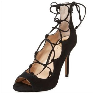 Vince Camuto Ghillie open toed  lace up shoes. 7.5